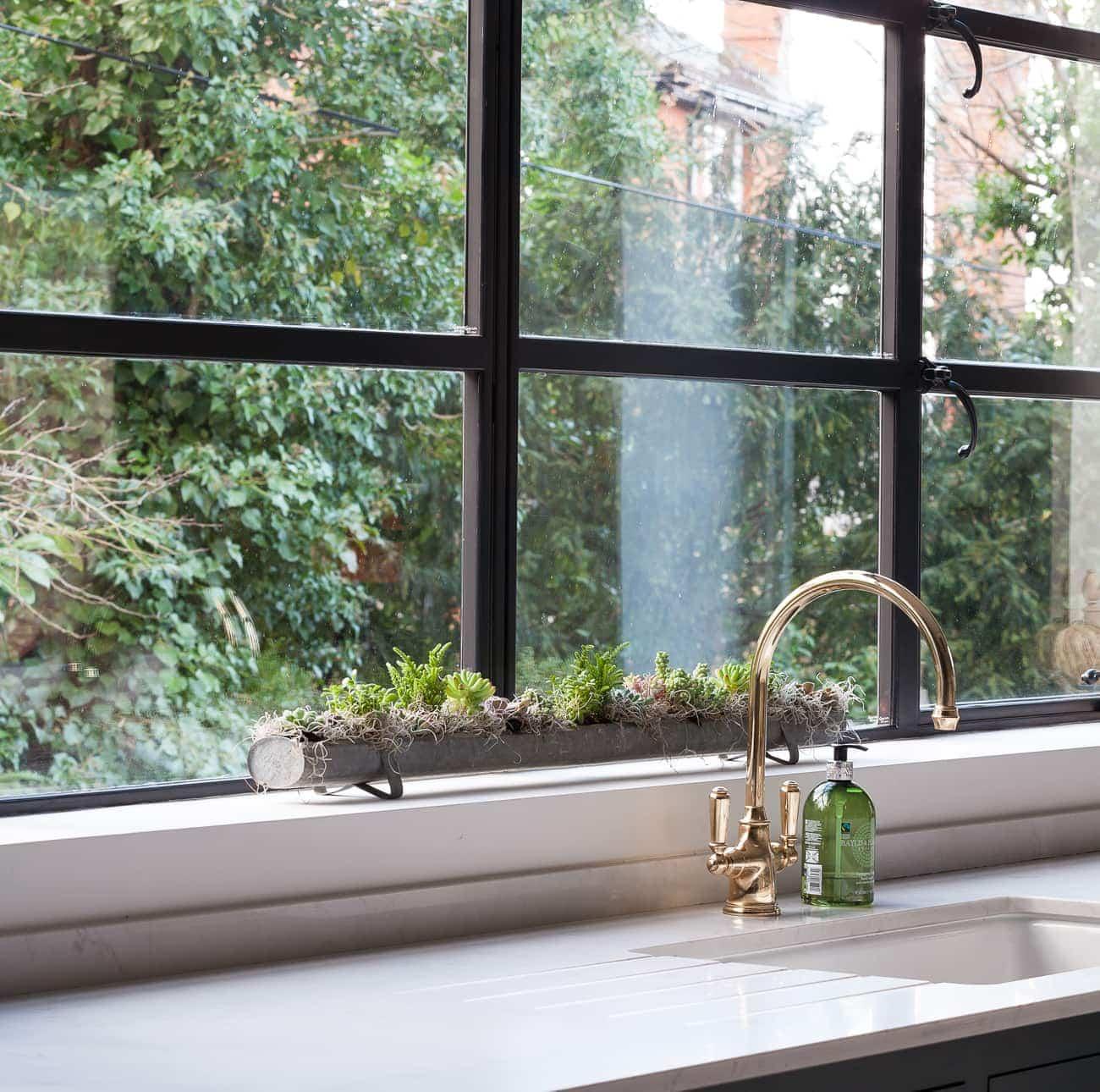 Brass kitchen sink tap