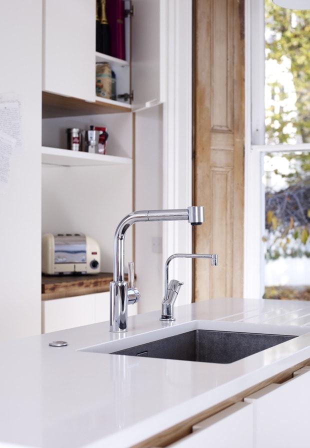 Heritage mixer tap