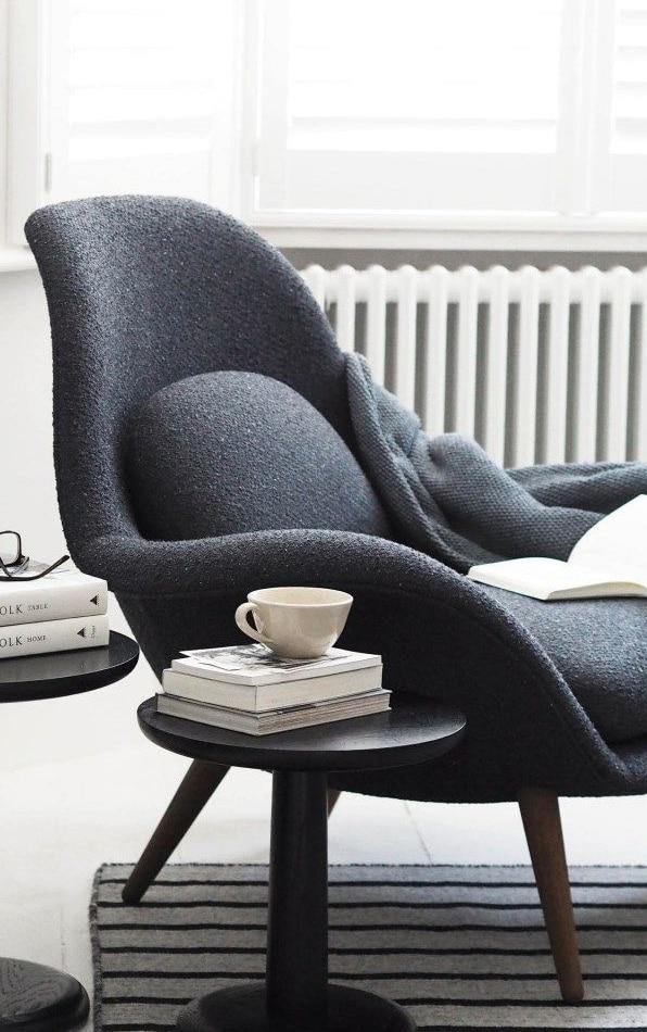 Mortimer lounge