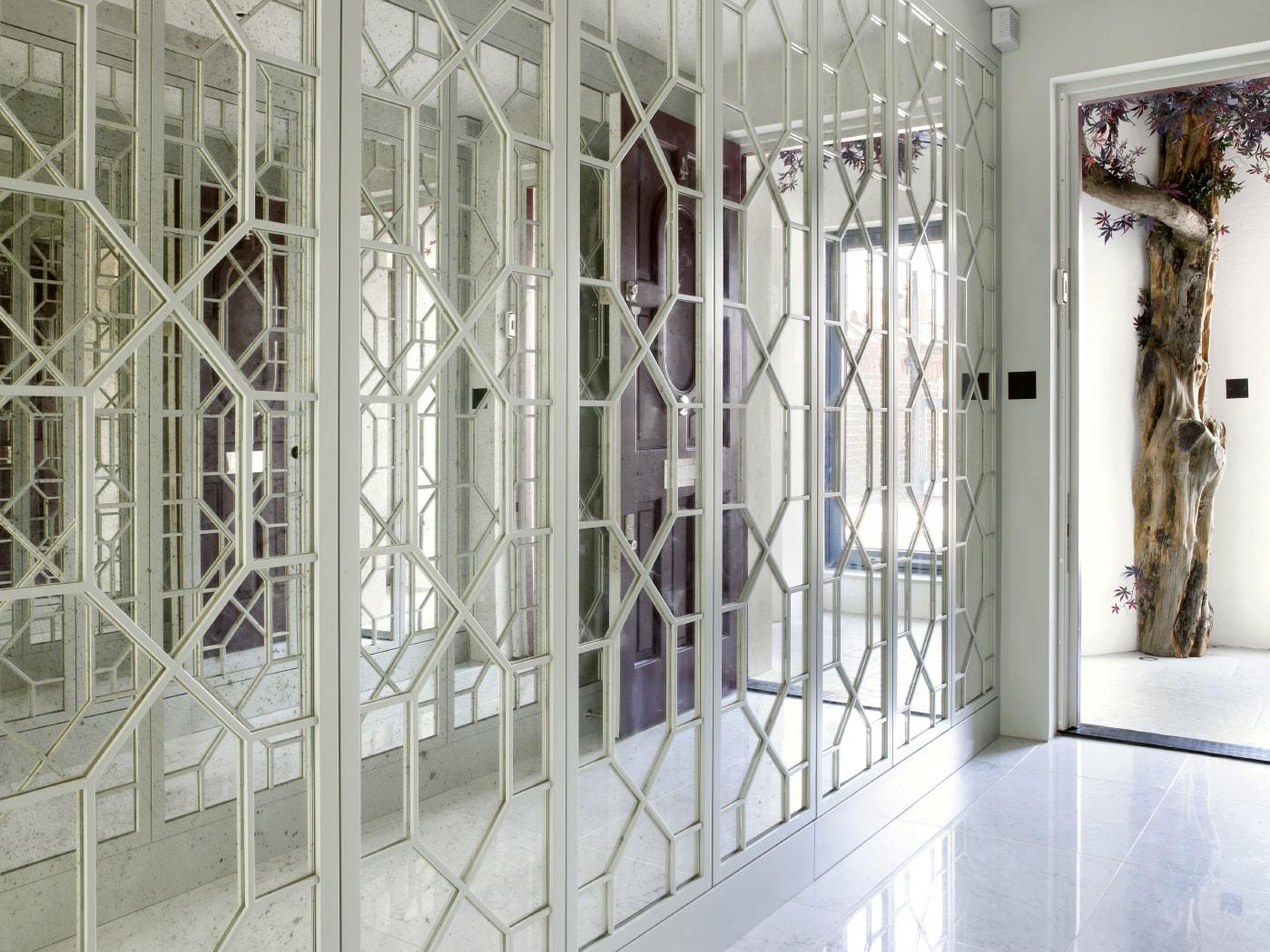 Upper Grosvenor glass fronted wardrobe concept