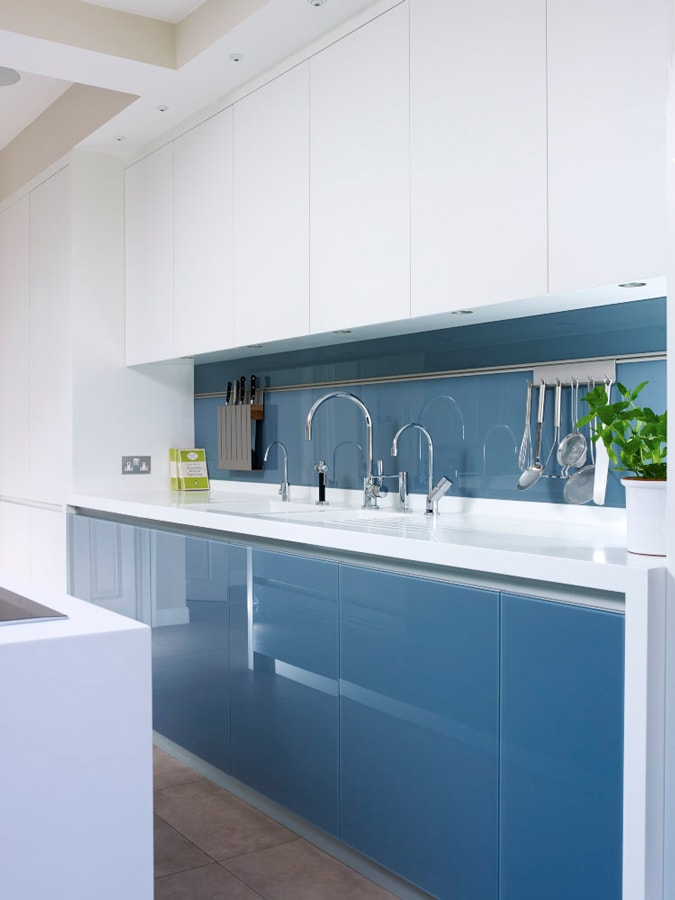 Blue and white units in a Pike style kitchen concept